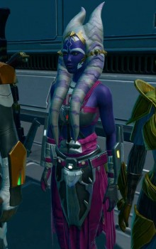 purple-togruta-in-pink-gear