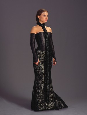 padmeblackdress