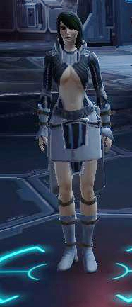 The clipping! The underboob! Combo-bad-fashion